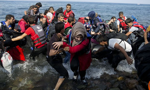 Vulnerable refugees to be moved from 'squalid' camps on Greek islands