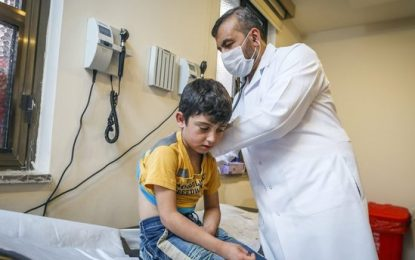 Turkish gov't to set up new refugee healthcare centers, employ Syrian medical staff