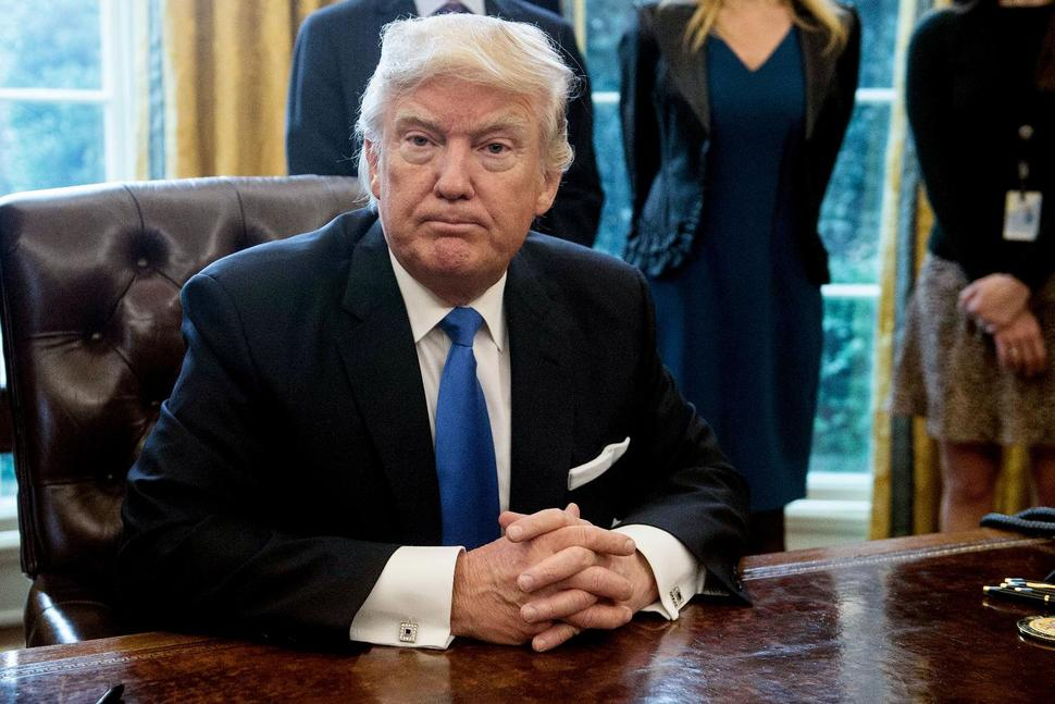 Trump to Sign Orders Limiting Immigration, Refugees