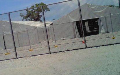 US halts vetting Nauru refugees for now, Australia says