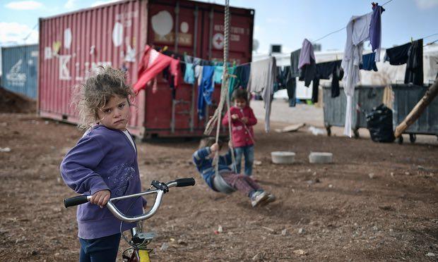 EU calls for urgent protection of 23,000 child refugees left stranded in camps