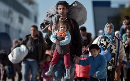 Syrian refugees: more than 5m in neighboring countries now, says UN