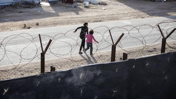 Ahmed Hussen visits refugee camps during first Middle East visit