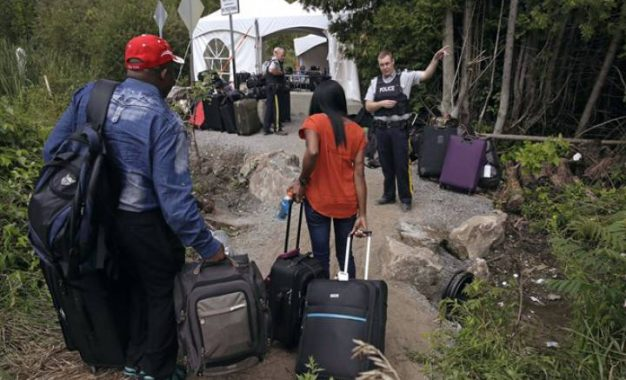 Refugee claimants found in possession of child porn at Quebec border