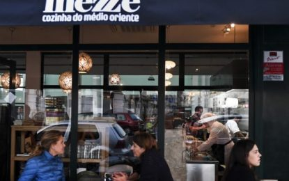 Lisbon's first Syrian restaurant a welcome sign for refugees