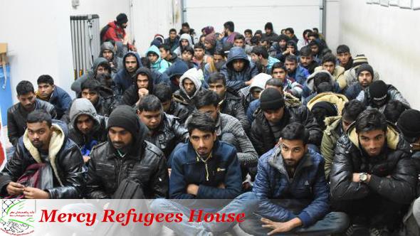 Over 65 migrants, refugees held in northwestern Turkey