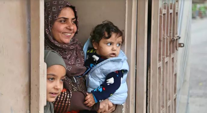 UK expands cash transfers to Syrian refugees in Lebanon