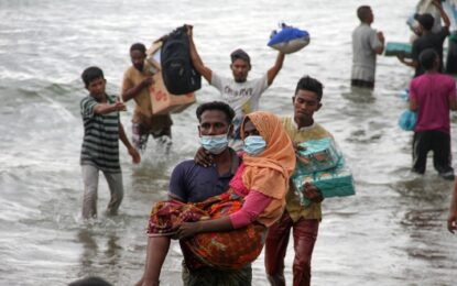 'Best of humanity': Indonesian fishermen rescue stranded Rohingya