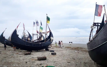 Fears for Rohingya stranded at sea for 10 days, as engines fail and eight die