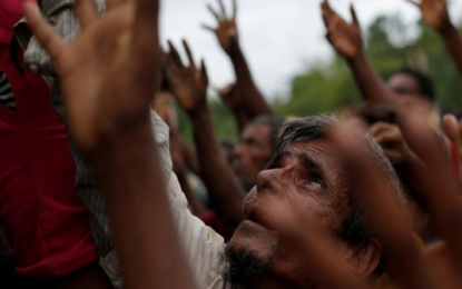 Many Rohingya gather in port city for Zakat, alms