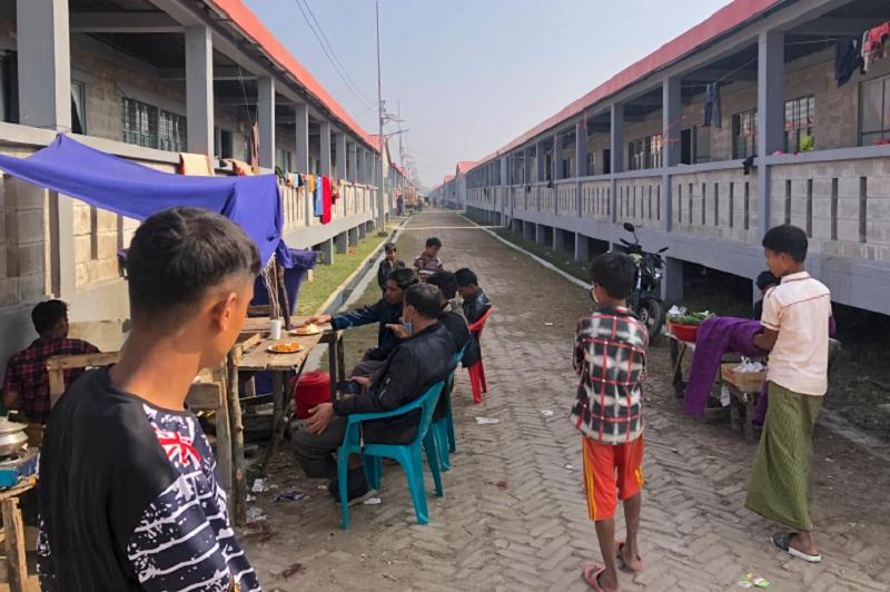 Rohingya on Bangladesh island feel trapped, fear monsoons: HRW